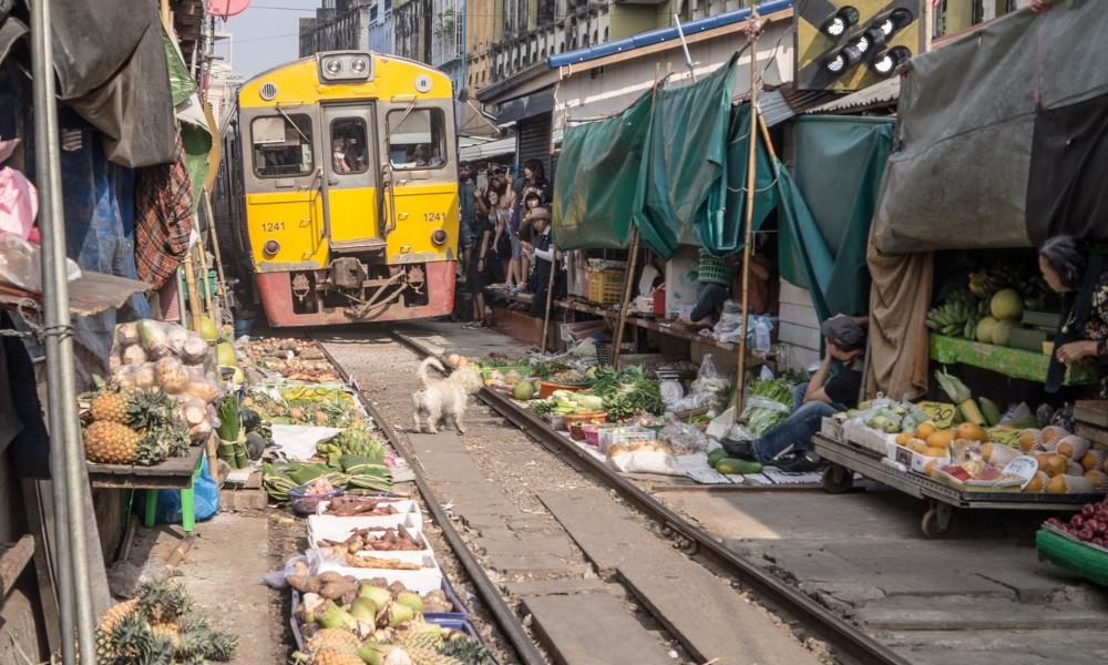 Maeklong Railway Market za 3zł