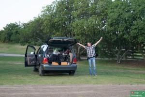 ...zdolnym pomieścić nasze plecaki, namiot, nas i polową kuchenkę gazową sztuk: 1...