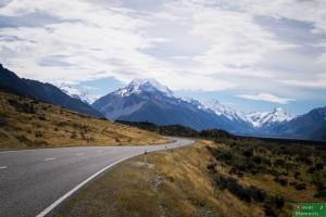 Droga krajowa SH80 do Glentanner. Większość dróg krajowych wygląda właśnie tak :)