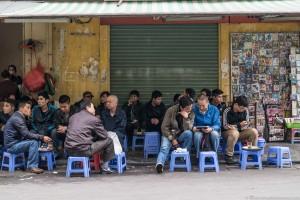 Kawę w Wietnamie można kupić i wypić praktycznie wszędzie.